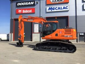 Purstin Metsäpalvelulle uusi Doosan DX160 HLC-3
