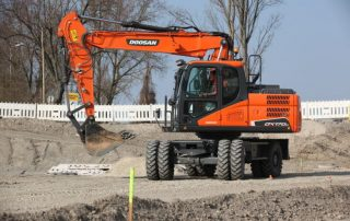 Doosan DX170W-5 pyöräalustainen kaivinkone tarjoaa voimaa kustannustehokkaasti!