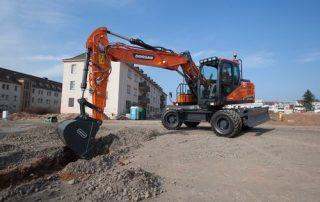 Doosan DX140W-5 pyöräalustainen kaivinkone säästää rahaa ja luontoa!